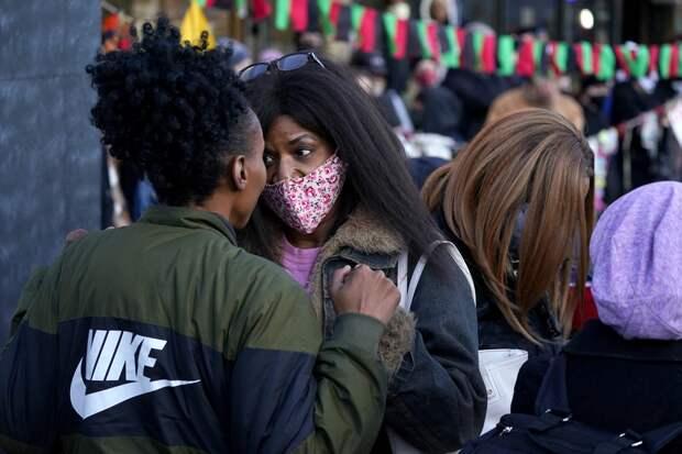 Полиция застрелила 15-летнюю афроамериканку в день суда над убийцей Флойда