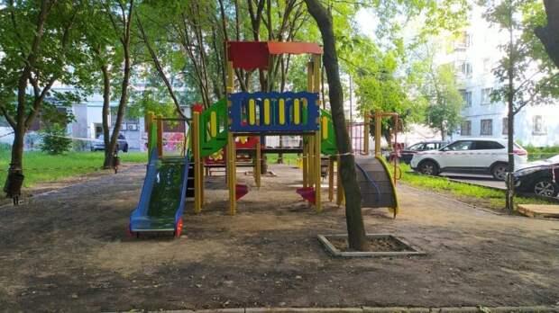 В Бабушкинском обновили спортивные и детские площадки