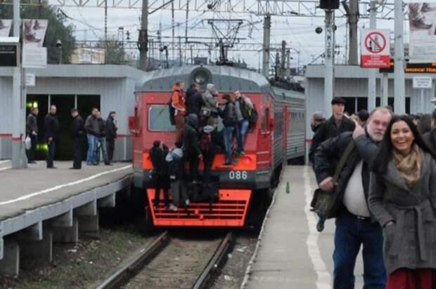 В России некоторые не любят душных помещений автобус, люди, метро, общественный транспорт, работа, электричка