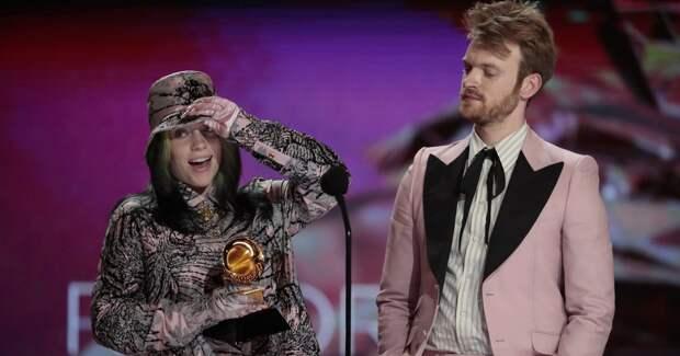 Билли Айлиш получила «Грэмми» за саундтрек к фильму о Бонде