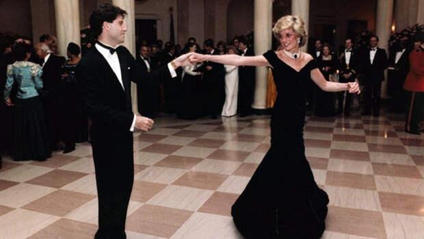 Джон Траволта поделился воспоминаниями о знаменитом танце с принцессой Дианой