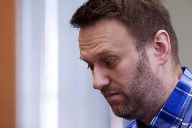 Бывший сторонник Навального сдал с потрохами хозяев
