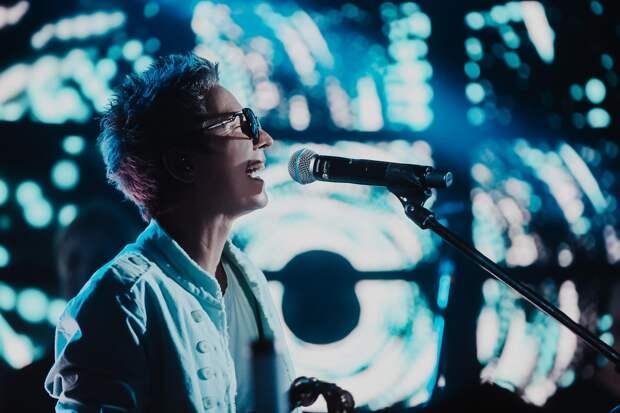 Сурганова и Оркестр представили обе части двойного альбома «Все будет. Завтра»