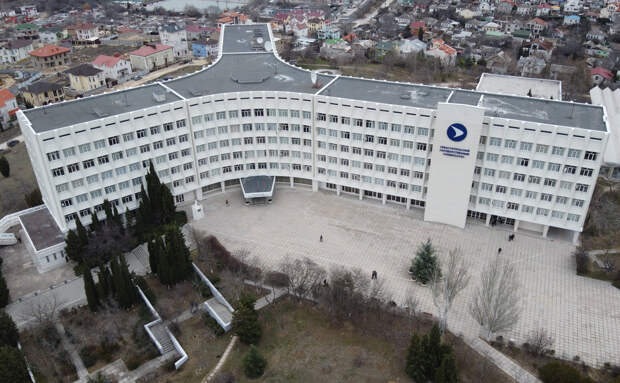 В Севастопольском университете назвали санкции Зеленского рекламой