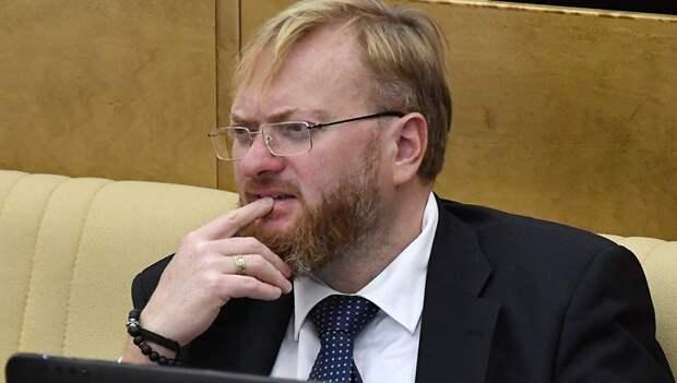 Милонов прокомментировал случай с проданными в храме макаронами вместо свечей