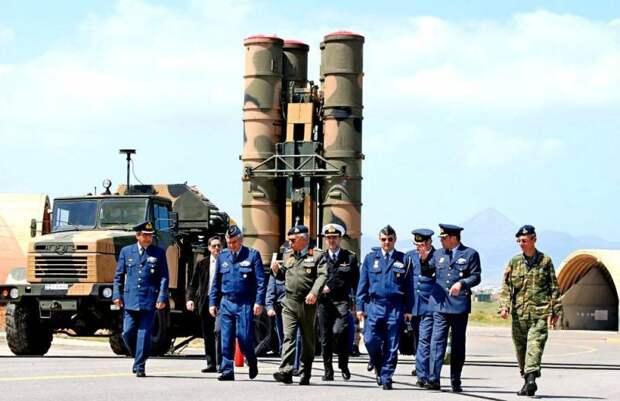 С-300 против С-400: греки попросили Россию улучшить зенитные комплексы
