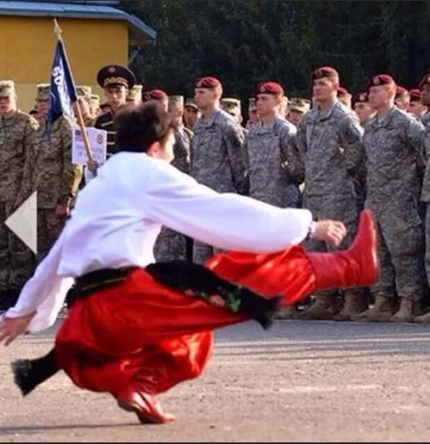 В НАТО указали, что должна делать Украина
