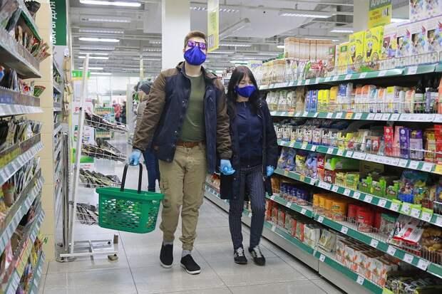 Кажется, покупатели начинают сходить с ума. Нервные все стали Фото: Мария ЛЕНЦ