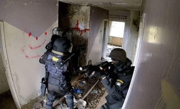 Пейнтболисты против спецназа МВД