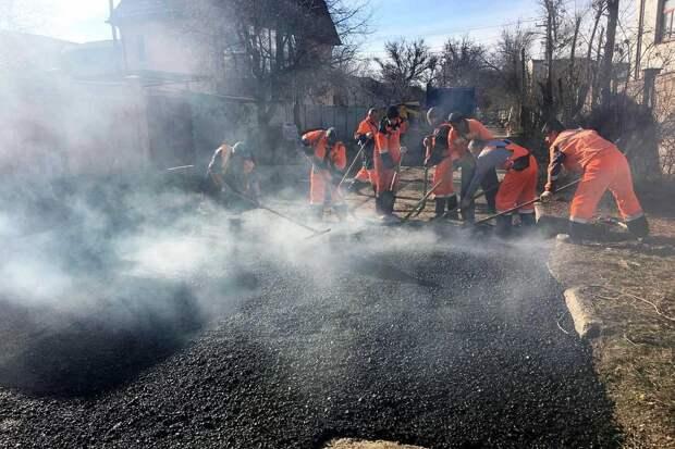 В Симферополе заделали ямы на 13-ти улицах