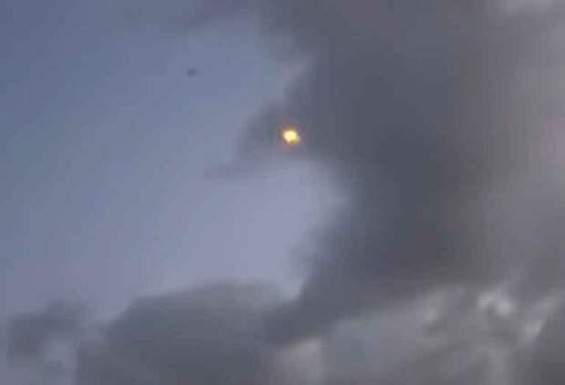 Армия Азербайджана выпустила ракеты по аэродрому с российскими самолетами