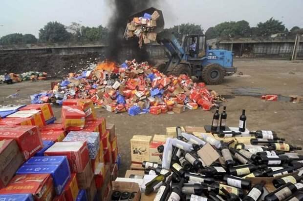 Уничтожение контрафактной продукции в России