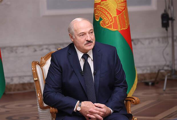 Лукашенко тянет время: эксперты о тактике президента Белоруссии