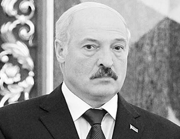 Лукашенко назвал коррупцию причиной развала Украины