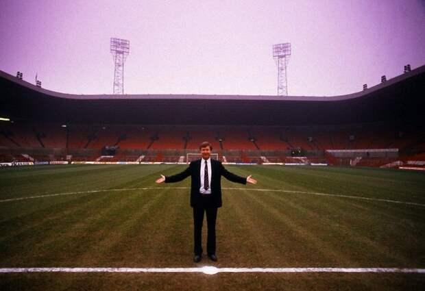011 Алекс Фергюсон: Самый титулованный тренер Манчестер Юнайтед