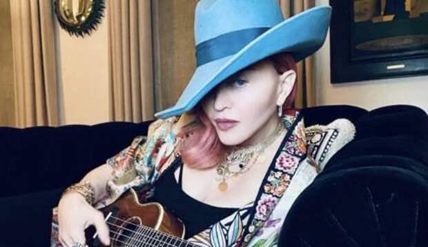 Мадонна радует поклонников новыми фотографиями после недавней операции