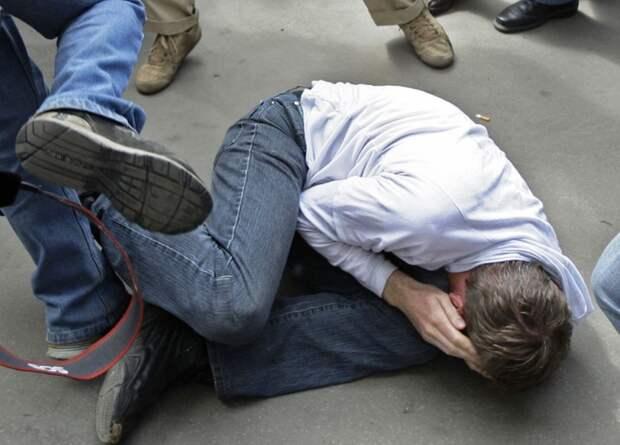 ДНР: Полиция задержала подростков, жестоко убивших пожилого мужчину (ВИДЕО)