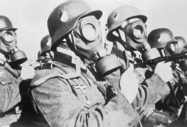 Почему Гитлер не применил химическое оружие против СССР