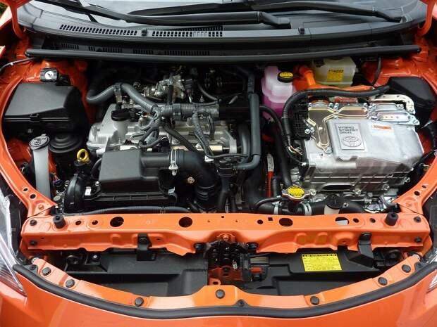 Стоит ли прогревать двигатель перед поездкой?