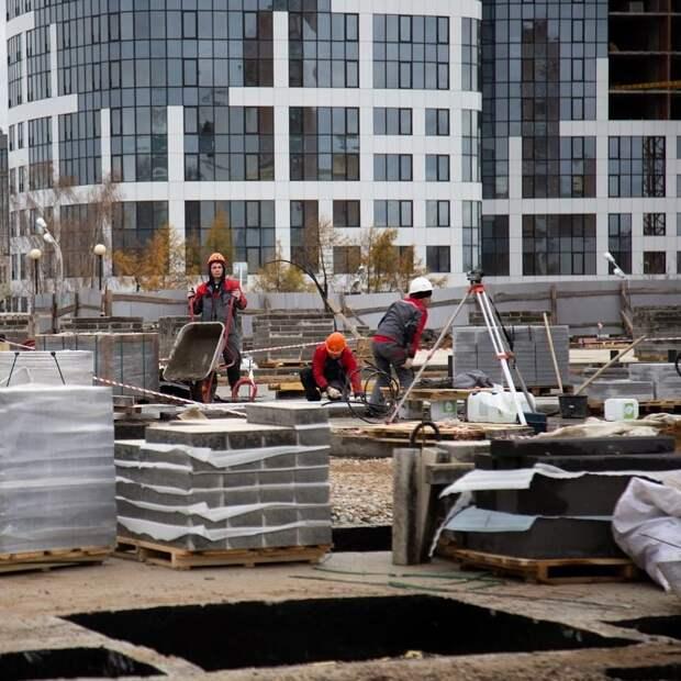 Реконструкция третьей очереди Центральной площади Ижевска завершится до конца декабря