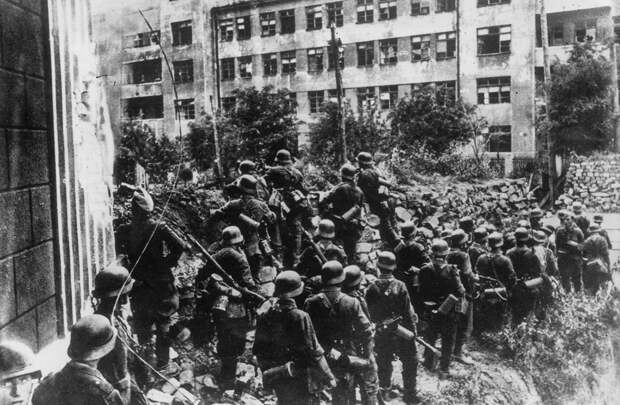 Как словаки воевали сначала против, а потом за СССР