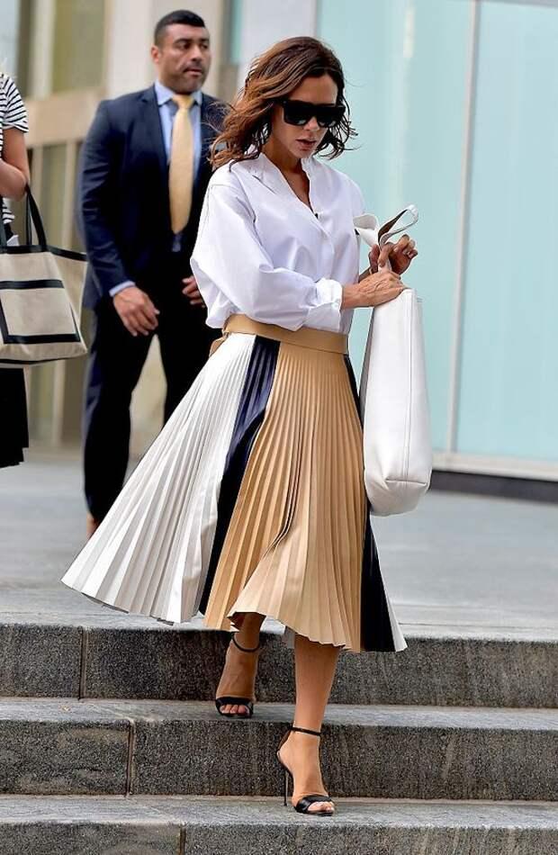 10 необычных фасонов юбок, которые носят street style модницы