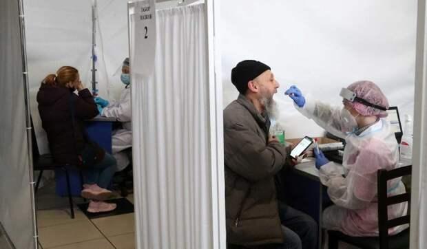 В России за сутки выявили более 17 тысяч новых случаев заражения COVID-19