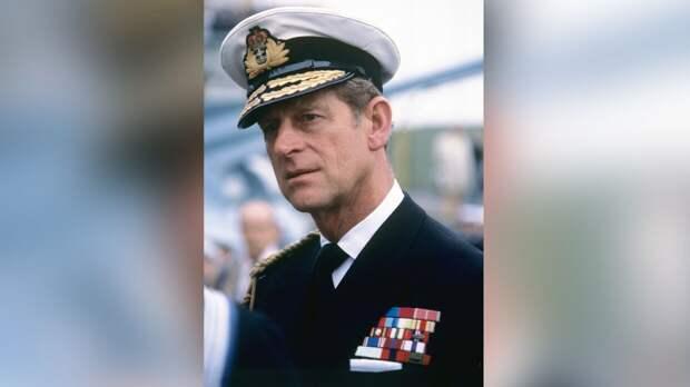 Королевская семья показала памятный ролик с фотографиями принца Филиппа