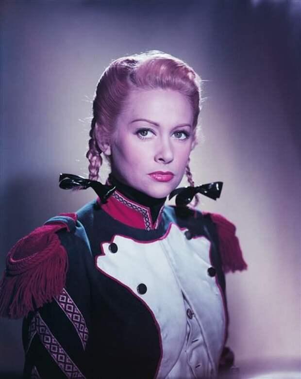 Французская актриса Мартин Кароль