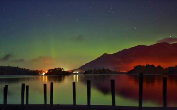 Озеро Деруэнт-Уотер, национальный парк Лейк-Дистрикт (Озерный край), Англия великобритания, корональная дыра, красивые фотографии, небо, природное явление, северное сияние, шотландия