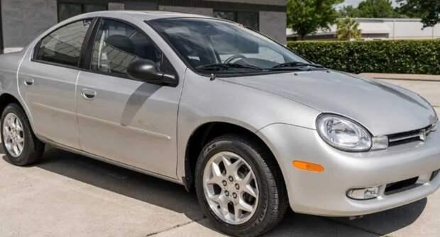 На продажу выставили Plymouth — шикарный Neon LX 2001 года