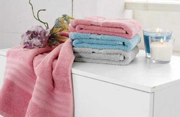 Простой трюк сделает вашу одежду яркой, белой и мягкой, устранит пятна и не только. Легко, дешево и без химикатов
