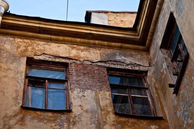 Свердловская область досрочно расселит из аварийного жилья еще две тысячи человек