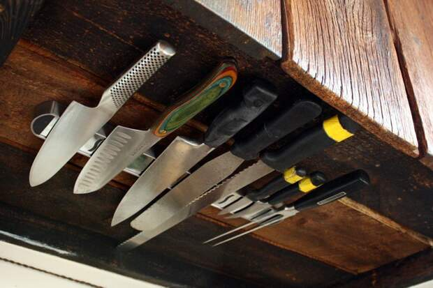 Магниты для ножей - что может быть удобнее Фабрика идей, гениально, держатели, крючки, кухня, приспособления организация пространства