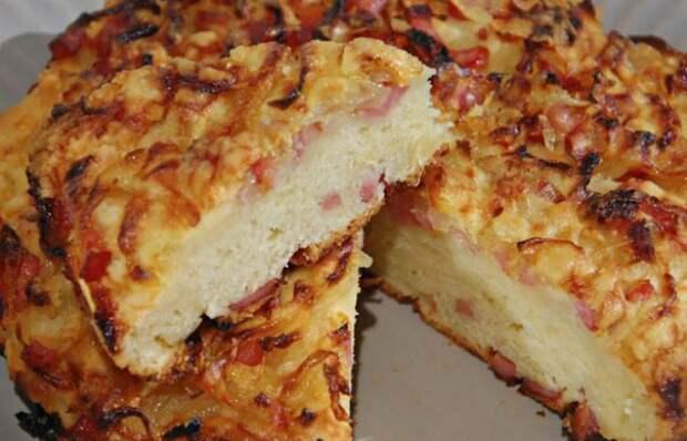 Вкуснейший быстрый пирог с ветчиной и сыром