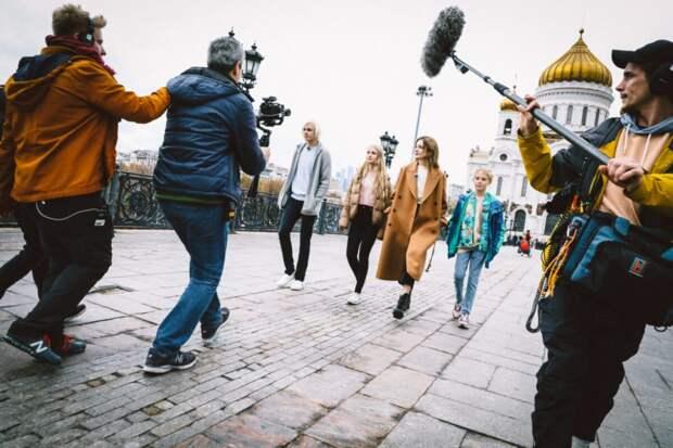 Сериал Натальи Водяновой и Михаила Зыгаря «Русские каникулы» стартует на PREMIER
