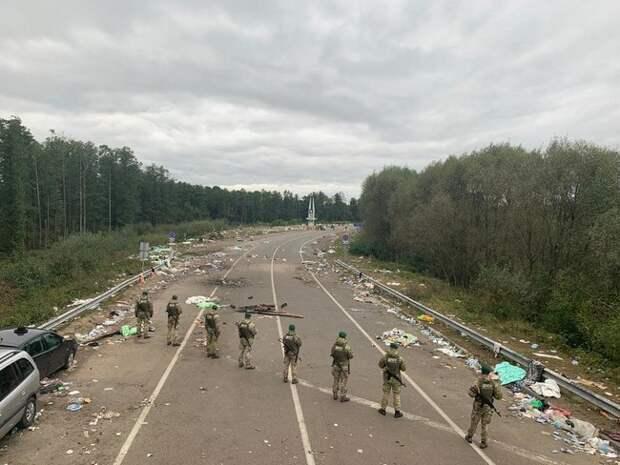 С Новым Годом: хасиды покинули границу и отправились отмечать в Беларусь