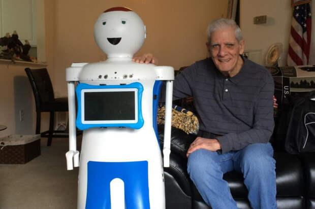 Российские пенсионеры захотели пообщаться с роботами