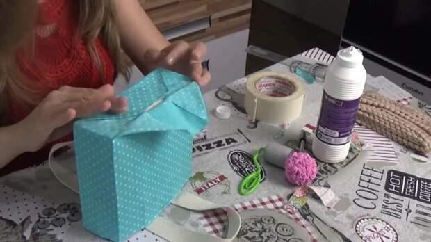 Девушка нашла отличный способ использовать коробки от молока