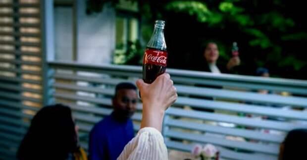 «Возвращаться к привычной жизни необязательно»: Coca-Cola выпустила манифест «новой реальности»