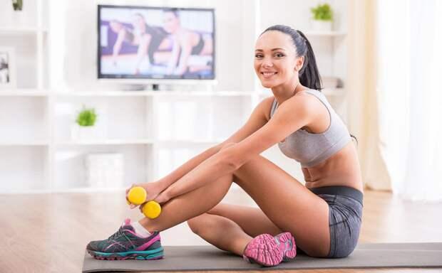 9 коротких домашних тренировок, чтобы не прирасти к дивану