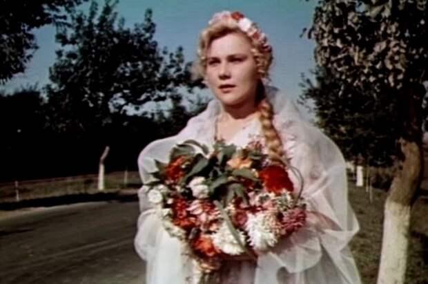 Кадр из фильма «Не имей сто рублей»