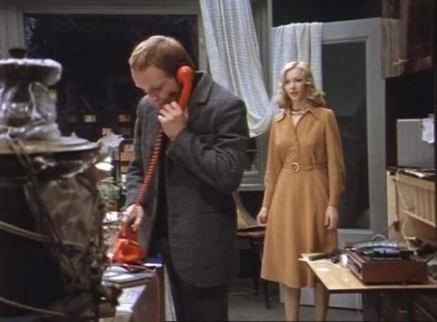 Кадр из фильма *Ирония судьбы, или С легким паром!*, 1975 | Фото: ingood.ru