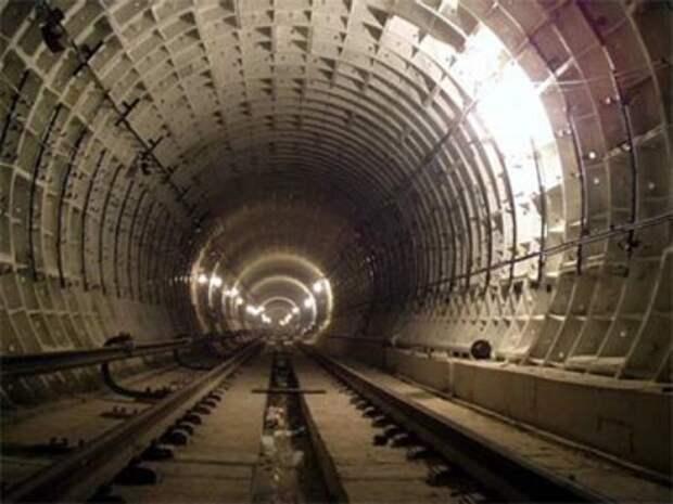 Погибший при падении из вагона в московском метро оказался опытным диггером