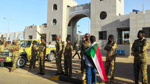 В Судане армия отстранила президента от власти