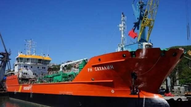 Пятидесятый рейс выполнил танкер «РН Сахалин»