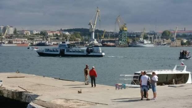 Севастопольскую бухту перекроют для празднования Дня ВМФ