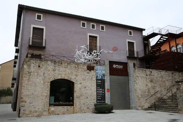 Колыбель Каталонии: Риполь и его туристические достопримечательности