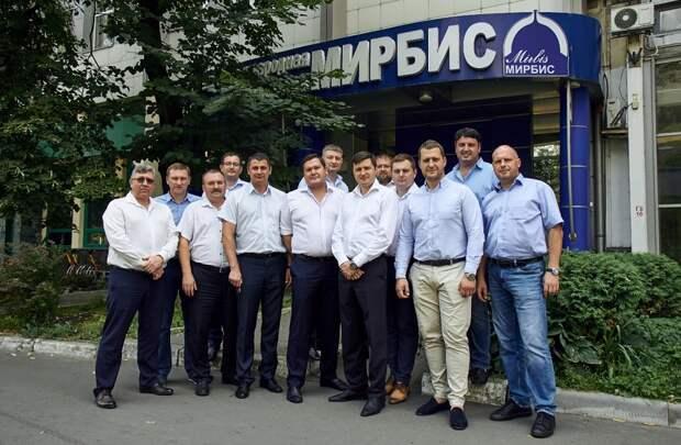 Руководители-производственники холдинга «Автобан» вновь «сели за парты»