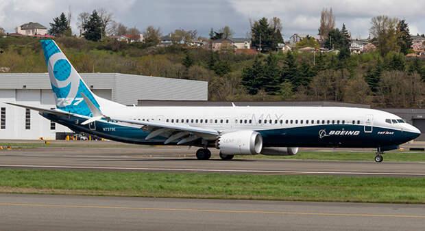 В Boeing провели первый испытательный полет нового самолета 737 MAX 9